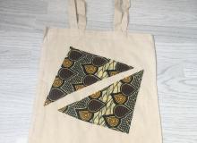 Yellow triangle shopper £8